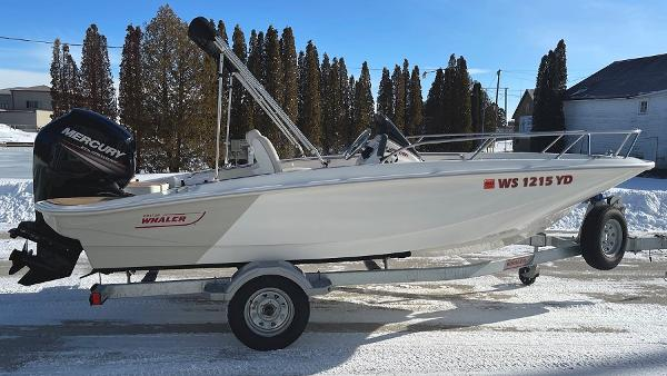 2019 Boston Whaler 160 Super Sport thumbnail