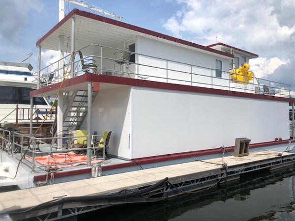2010 Custom 54 x 24 Houseboat
