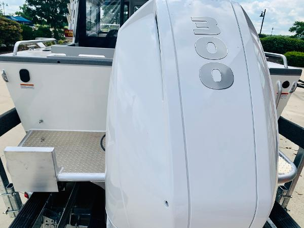 2021 Spartan boat for sale, model of the boat is 220 Maximus & Image # 4 of 31