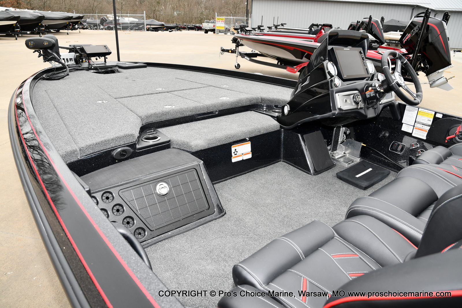 2021 Nitro boat for sale, model of the boat is Z21 Pro Package & Image # 10 of 21