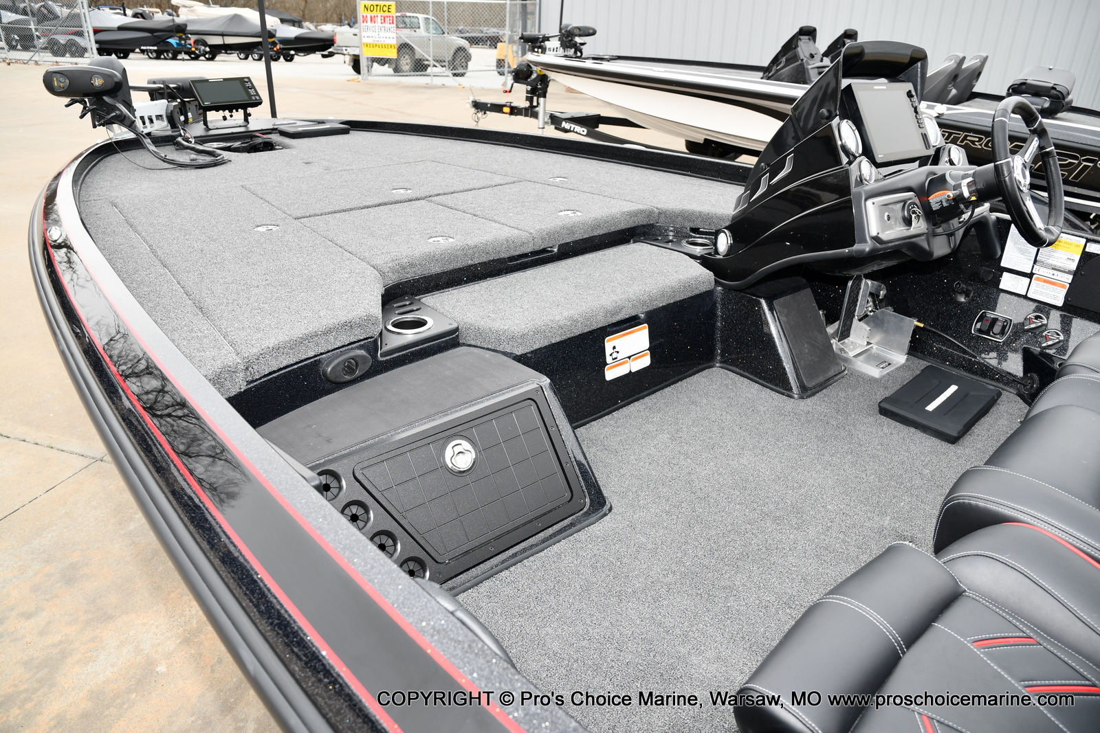 2021 Nitro boat for sale, model of the boat is Z21 Pro Package & Image # 3 of 23