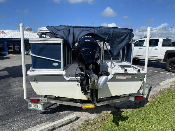 2018 Hurricane boat for sale, model of the boat is FD 196 OB & Image # 6 of 10