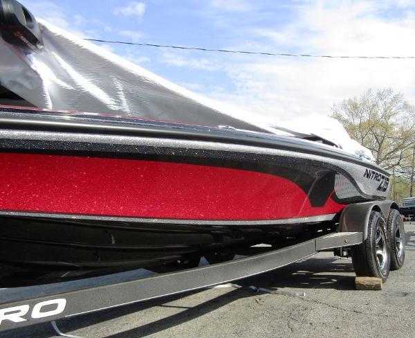 2021 Nitro boat for sale, model of the boat is Z19 & Image # 3 of 5