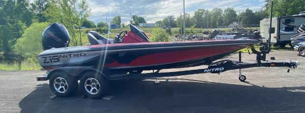 2022 Nitro boat for sale, model of the boat is Z19 & Image # 2 of 25