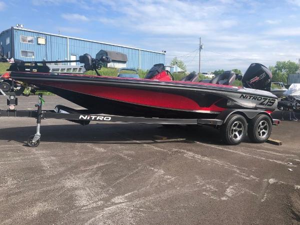 2022 Nitro boat for sale, model of the boat is Z19 & Image # 3 of 25