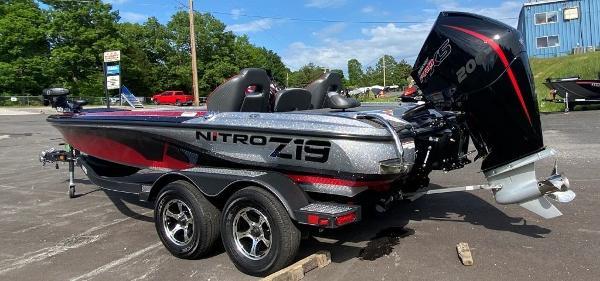 2022 Nitro boat for sale, model of the boat is Z19 & Image # 10 of 25