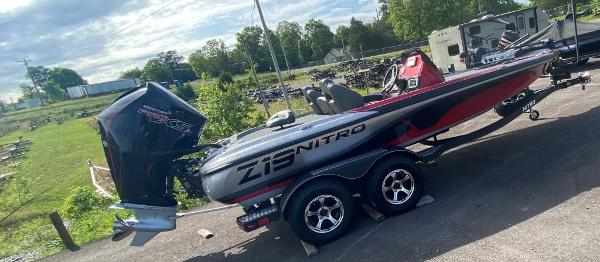 2022 Nitro boat for sale, model of the boat is Z19 & Image # 11 of 25