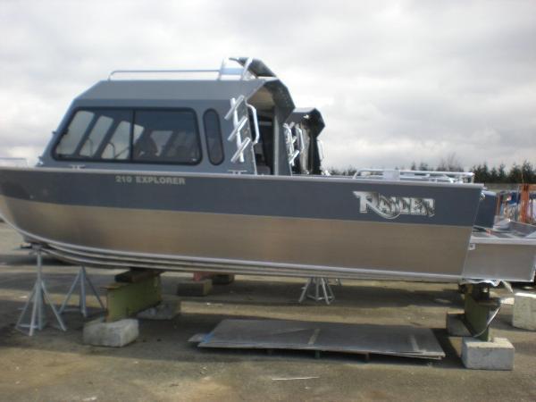 2021 RAIDER Explorer 210
