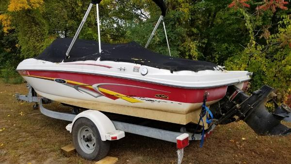 2003 Sea Ray boat for sale, model of the boat is 17' BR & Image # 2 of 16