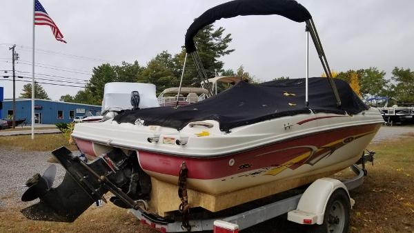 2003 Sea Ray boat for sale, model of the boat is 17' BR & Image # 10 of 16