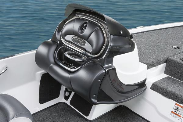 2015 Nitro boat for sale, model of the boat is Z-8 & Image # 15 of 23