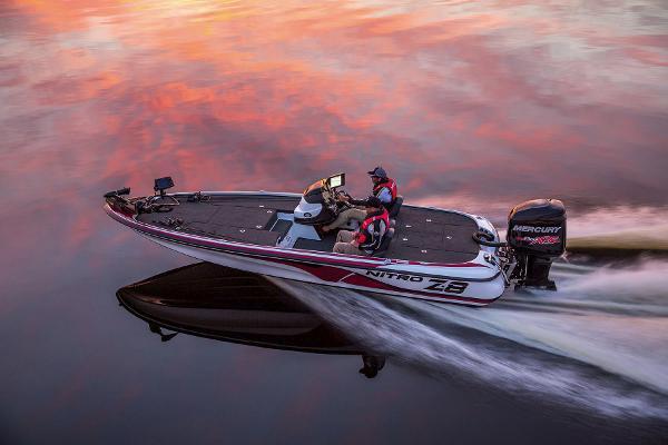2015 Nitro boat for sale, model of the boat is Z-8 & Image # 3 of 23
