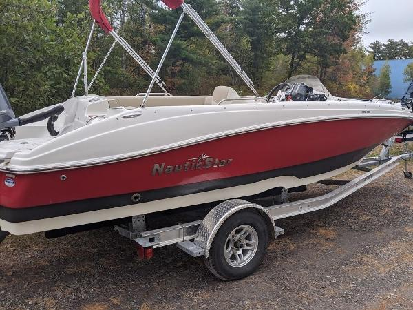 2017 Nautic Star boat for sale, model of the boat is 20' SC & Image # 3 of 12