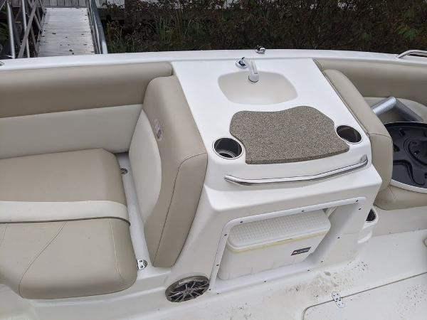 2017 Nautic Star boat for sale, model of the boat is 20' SC & Image # 12 of 12