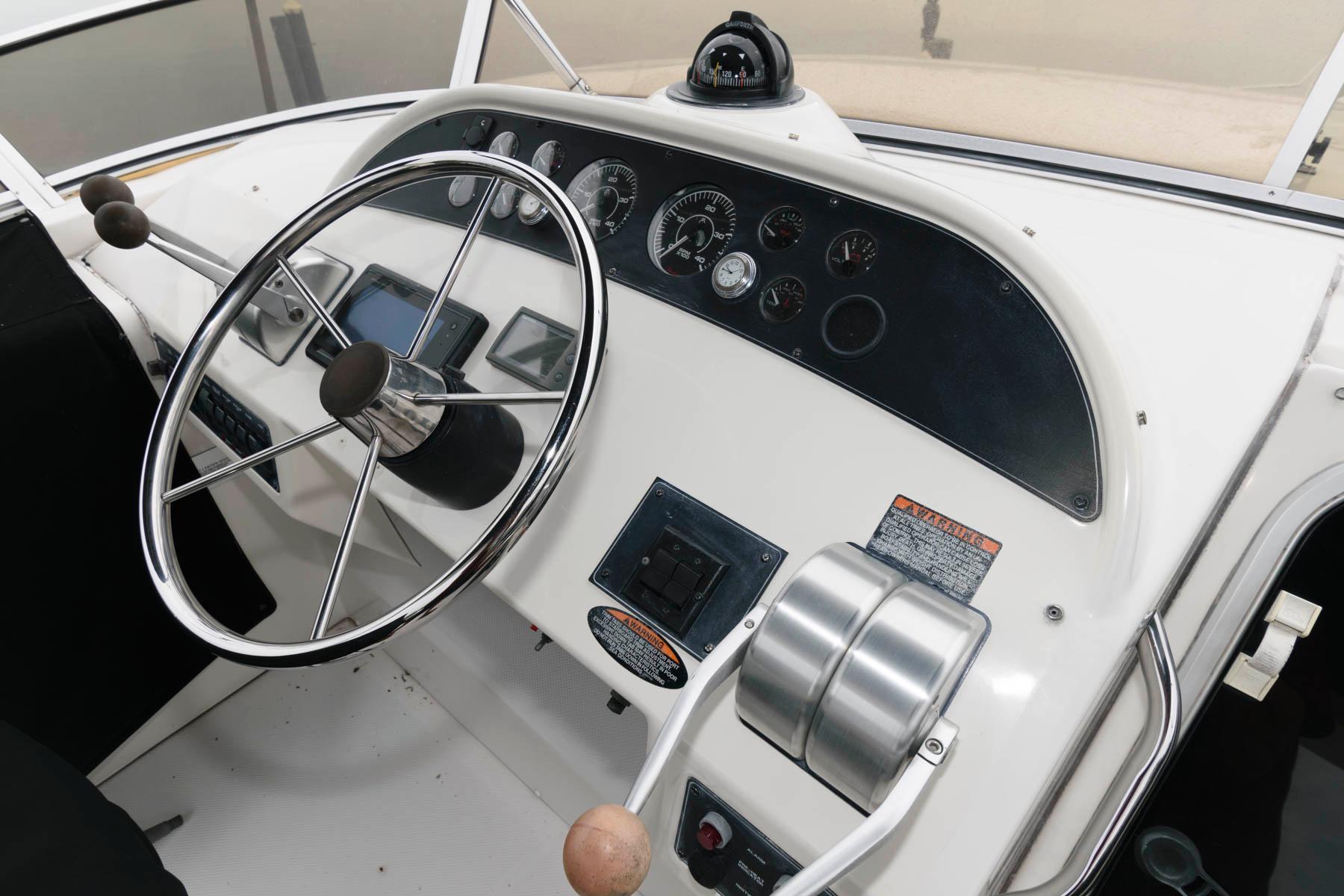 M 6444 EF Knot 10 Yacht Sales
