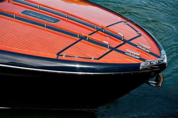 2010 Riva 44 Rivarama - Bow