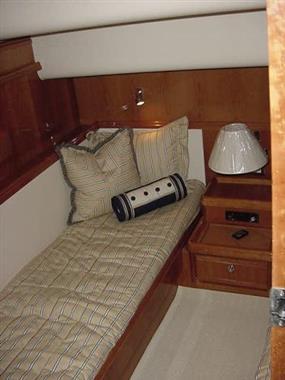 2007 57' Bertram Guest Stateroom