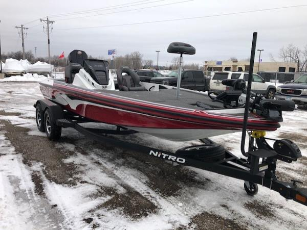 2021 Nitro boat for sale, model of the boat is Z19 Pro & Image # 1 of 29