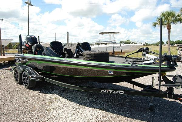 2017 Tracker Boats boat for sale, model of the boat is NITRO Z20 PRO & Image # 8 of 10