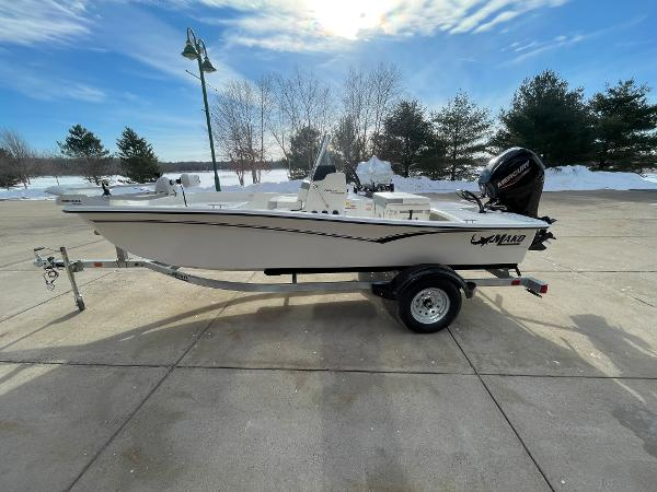 2021 Mako boat for sale, model of the boat is Pro Skiff 15 CC & Image # 2 of 46