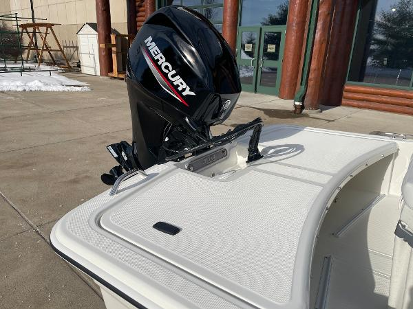 2021 Mako boat for sale, model of the boat is Pro Skiff 15 CC & Image # 8 of 46