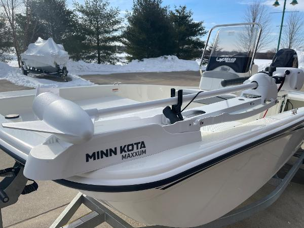 2021 Mako boat for sale, model of the boat is Pro Skiff 15 CC & Image # 4 of 46