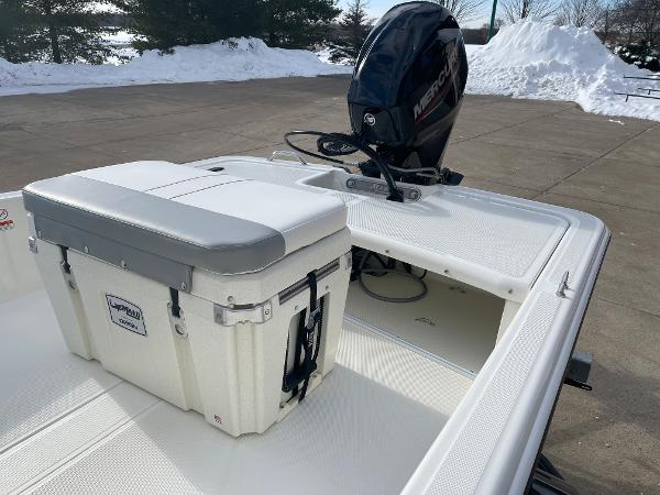 2021 Mako boat for sale, model of the boat is Pro Skiff 15 CC & Image # 13 of 46