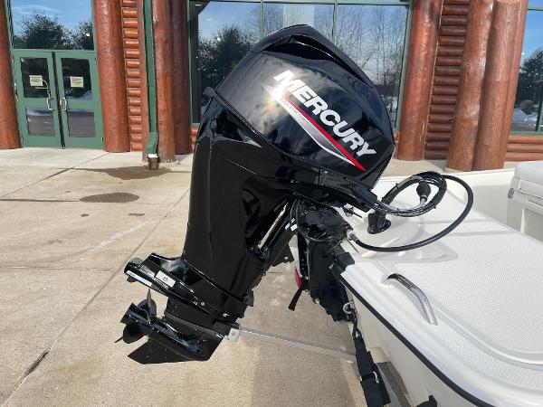 2021 Mako boat for sale, model of the boat is Pro Skiff 15 CC & Image # 11 of 46