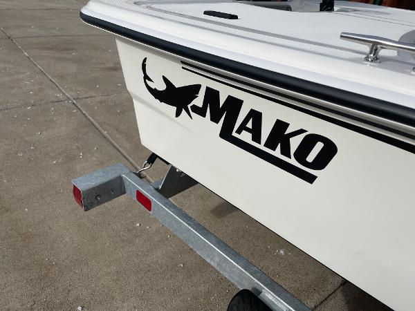 2021 Mako boat for sale, model of the boat is Pro Skiff 15 CC & Image # 19 of 46