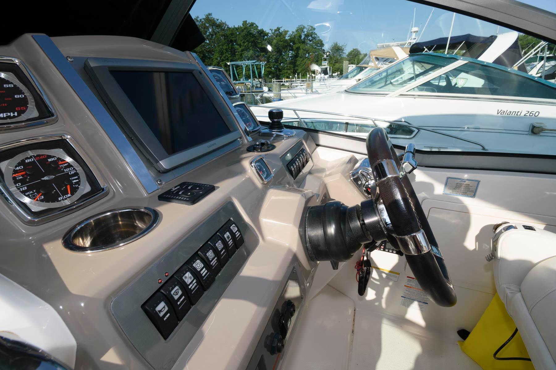 M 6368 JP Knot 10 Yacht Sales