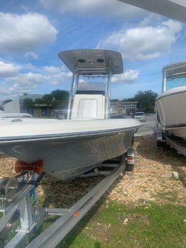 2020 ShearWater boat for sale, model of the boat is 250 CAROLINA BAY XTE & Image # 2 of 11