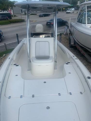 2020 ShearWater boat for sale, model of the boat is 250 CAROLINA BAY XTE & Image # 4 of 11