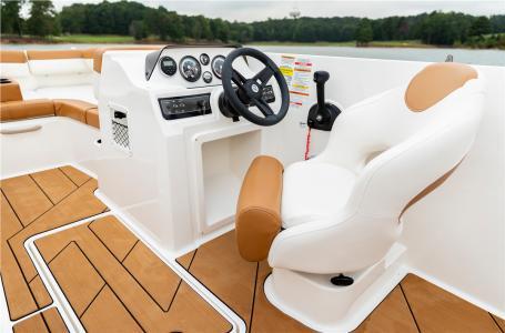 2021 Bayliner boat for sale, model of the boat is DX2000 & Image # 6 of 6