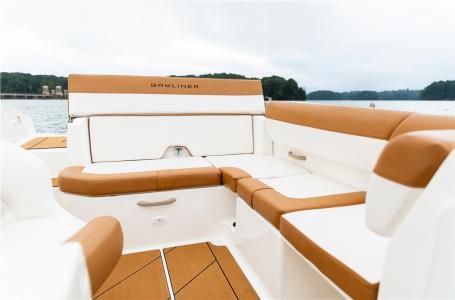 2021 Bayliner boat for sale, model of the boat is DX2000 & Image # 3 of 6