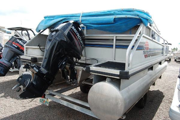 1992 Sun Tracker boat for sale, model of the boat is BB18 & Image # 3 of 9