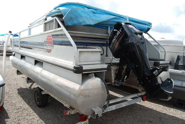 1992 Sun Tracker boat for sale, model of the boat is BB18 & Image # 7 of 9