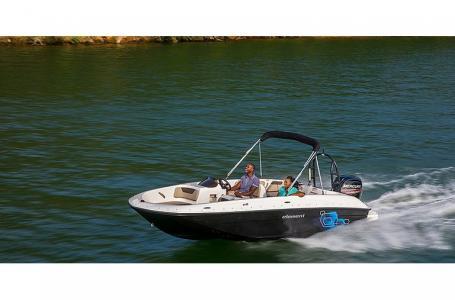 2021 Bayliner boat for sale, model of the boat is Element E18 & Image # 1 of 6