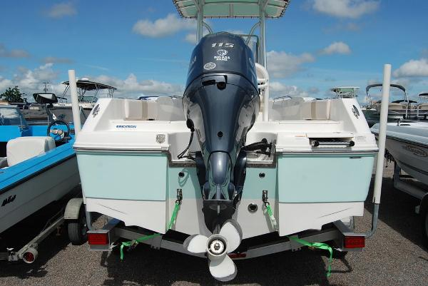 2017 Robalo boat for sale, model of the boat is R180 & Image # 6 of 12