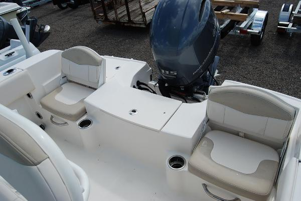 2017 Robalo boat for sale, model of the boat is R180 & Image # 9 of 12