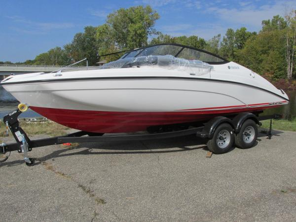 2021 Yamaha boat for sale, model of the boat is SX210 & Image # 1 of 22