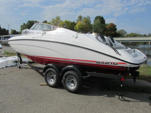 2021 Yamaha boat for sale, model of the boat is SX210 & Image # 2 of 22