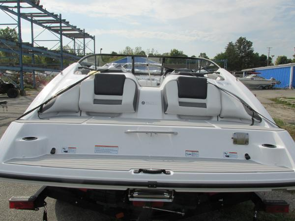 2021 Yamaha boat for sale, model of the boat is SX210 & Image # 3 of 22