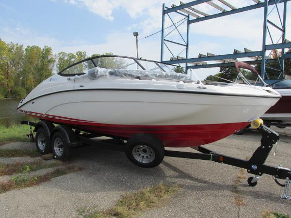 2021 Yamaha boat for sale, model of the boat is SX210 & Image # 6 of 22
