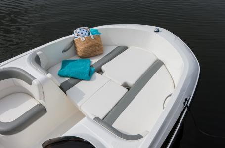 2021 Bayliner boat for sale, model of the boat is Element E16 & Image # 6 of 7