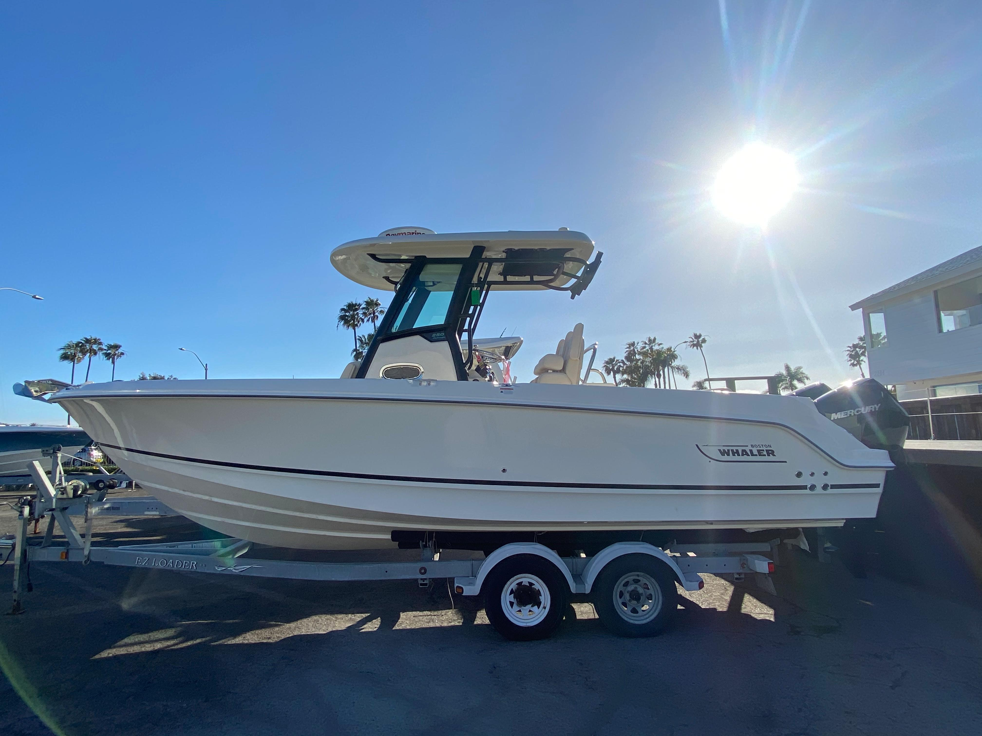 2021 Boston Whaler 250 Outrage #BW1660A inventory image at Sun Country Coastal in Newport Beach