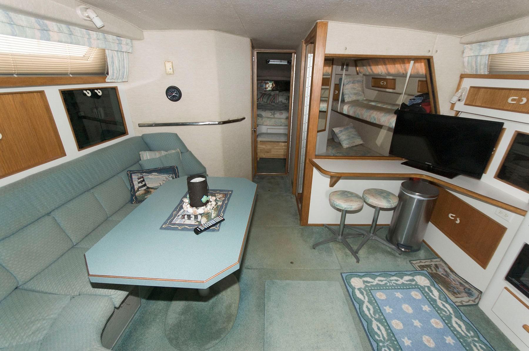 M 4363 JP Knot 10 Yacht Sales