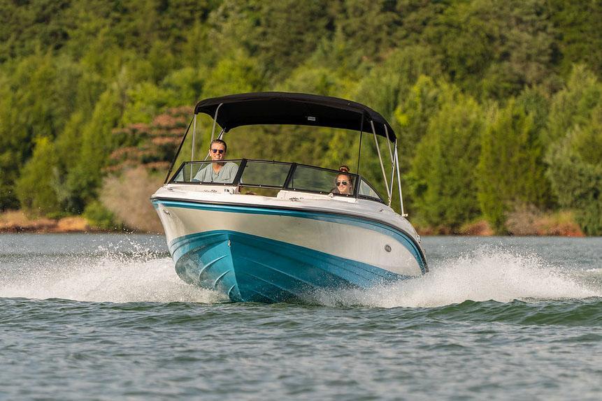 2022 Sea Ray SPX 210 OB