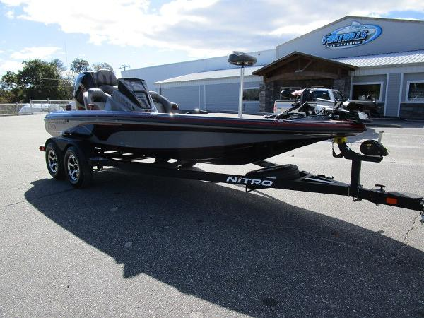 2021 Nitro boat for sale, model of the boat is Z18 Pro & Image # 5 of 46