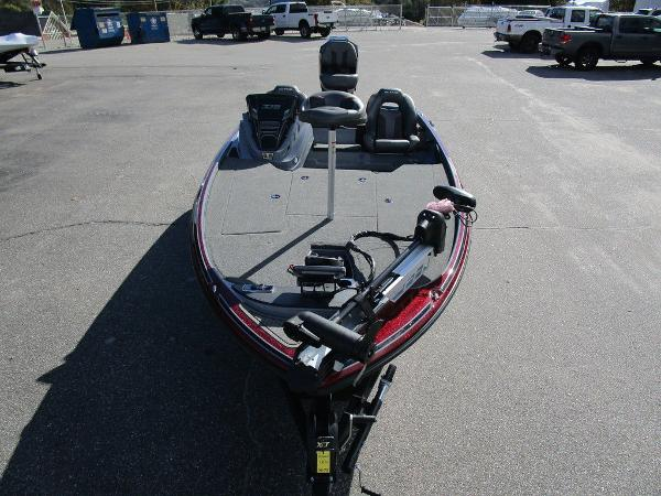 2021 Nitro boat for sale, model of the boat is Z18 Pro & Image # 6 of 46
