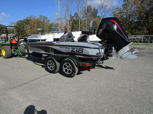 2021 Nitro boat for sale, model of the boat is Z18 Pro & Image # 8 of 46